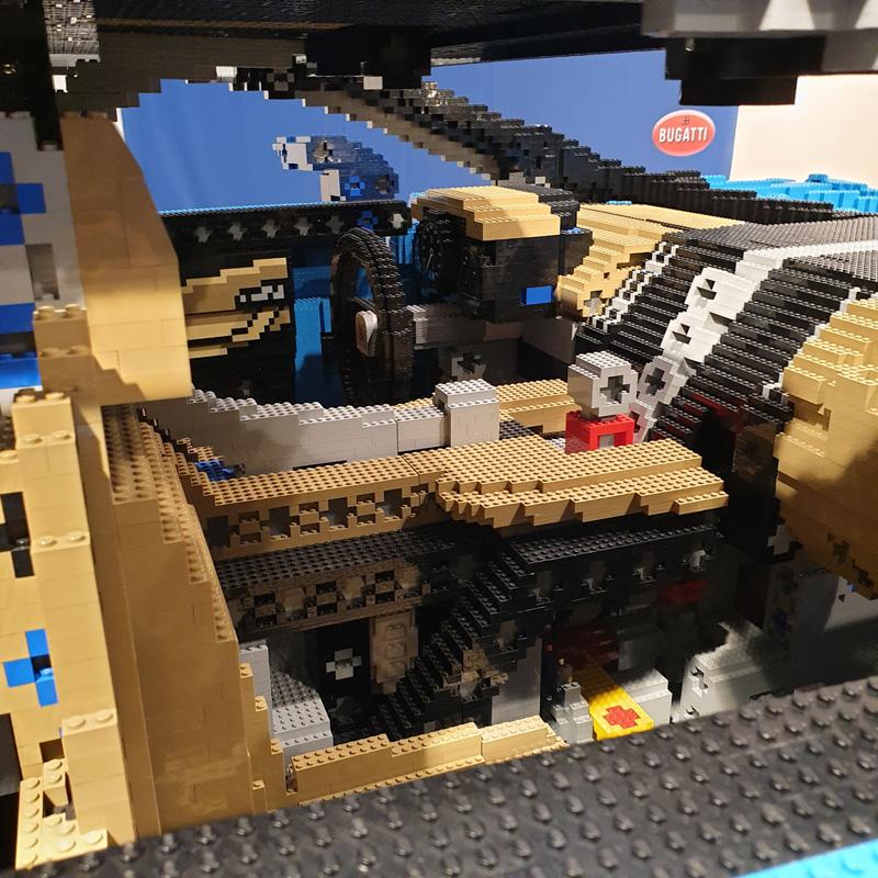 LEGO® Bugatti Chiron Nachbau Innenleben