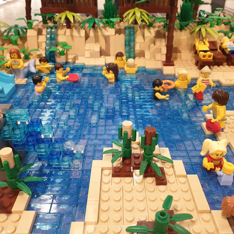 Ausstellung BrickFabrik im Elbe Einkaufszentrum, Badelandschaft