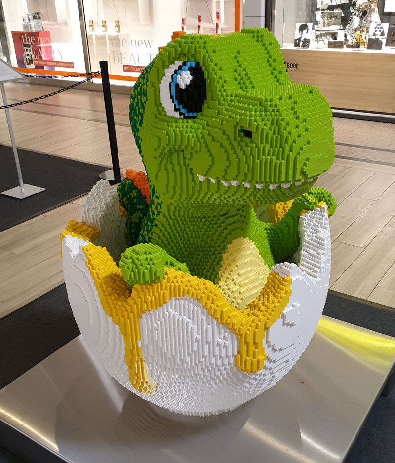 Ausstellung BrickFabrik im Elbe Einkaufszentrum, Dino