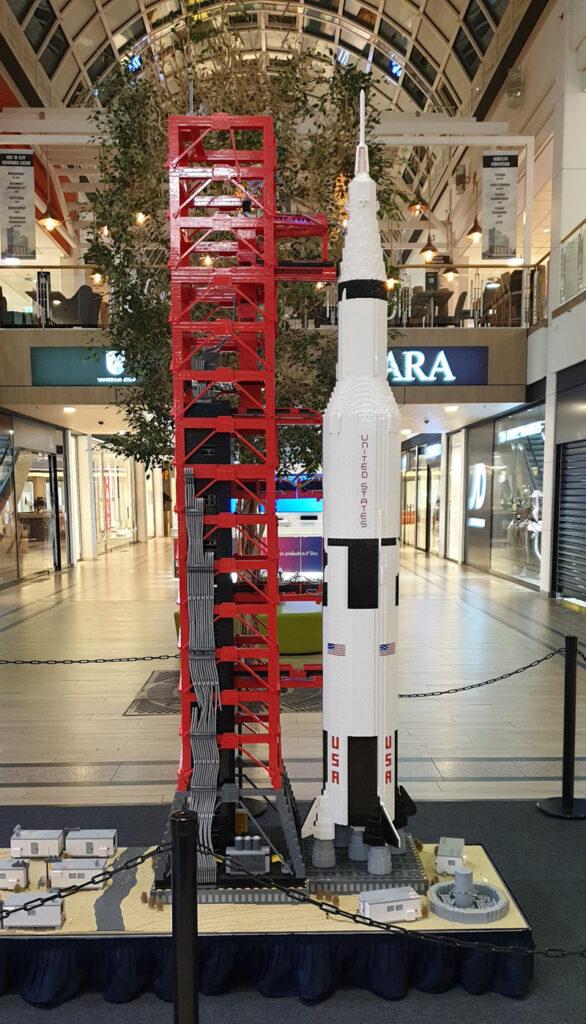 Ausstellung BrickFabrik im Elbe Einkaufszentrum, Saturn V