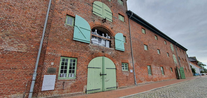 Packhaus am Historischen Hafen von Tönning