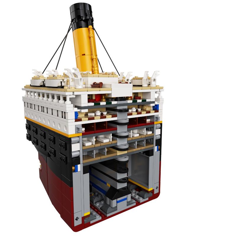 Querschnitt LEGO Titanic 10294